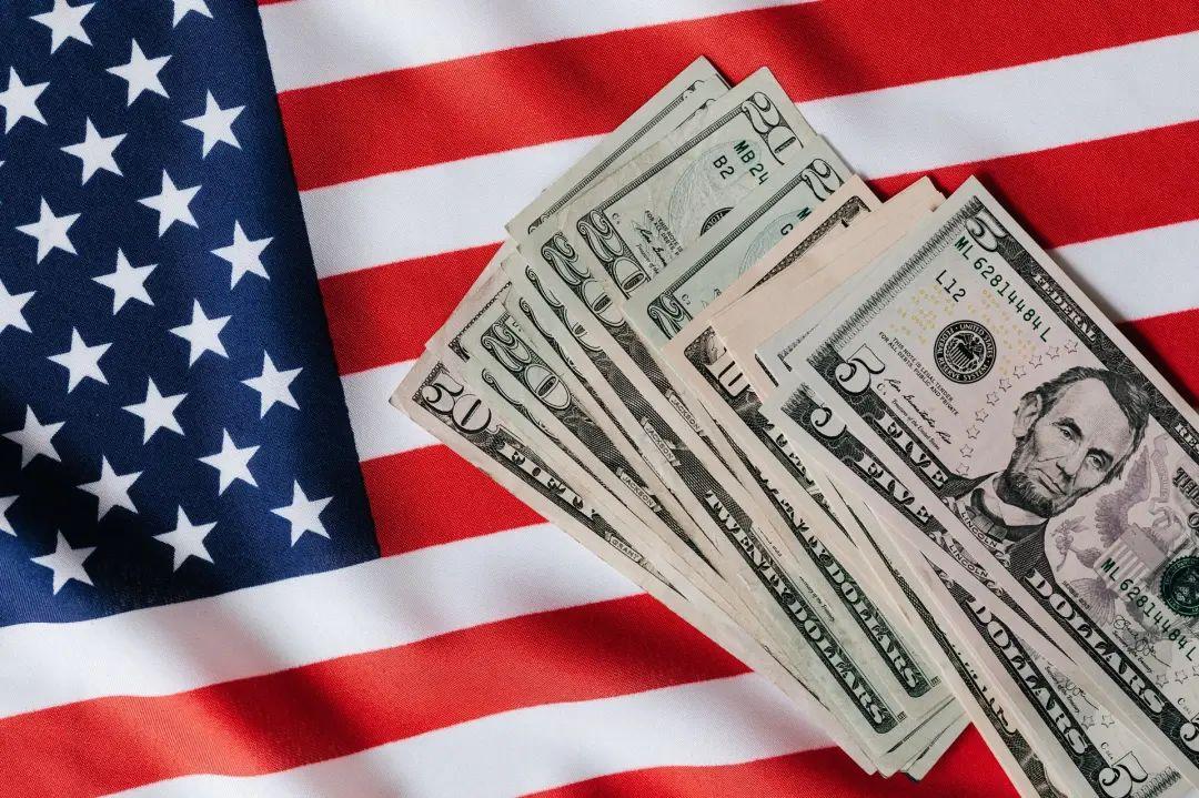 美国人不爱存钱,那他们的钱去哪了?